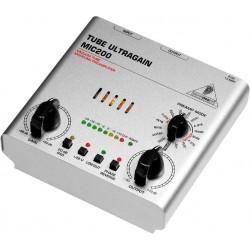 Preamplificator microfon Behringer MIC200