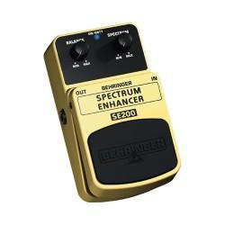 Efect pentru pedala Behringer SE200