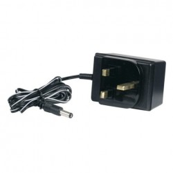UK Poweradapter 15V 500 mA Showtec