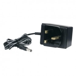 UK Poweradapter 9V 300mA Showtec