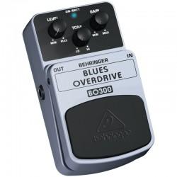 Efect pedala chitara electrica Behringer BO300